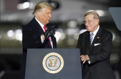 Ex-mentor Lou Holtz to get Presidential Medal of Freedom